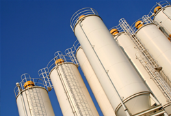 Chemical and process silos